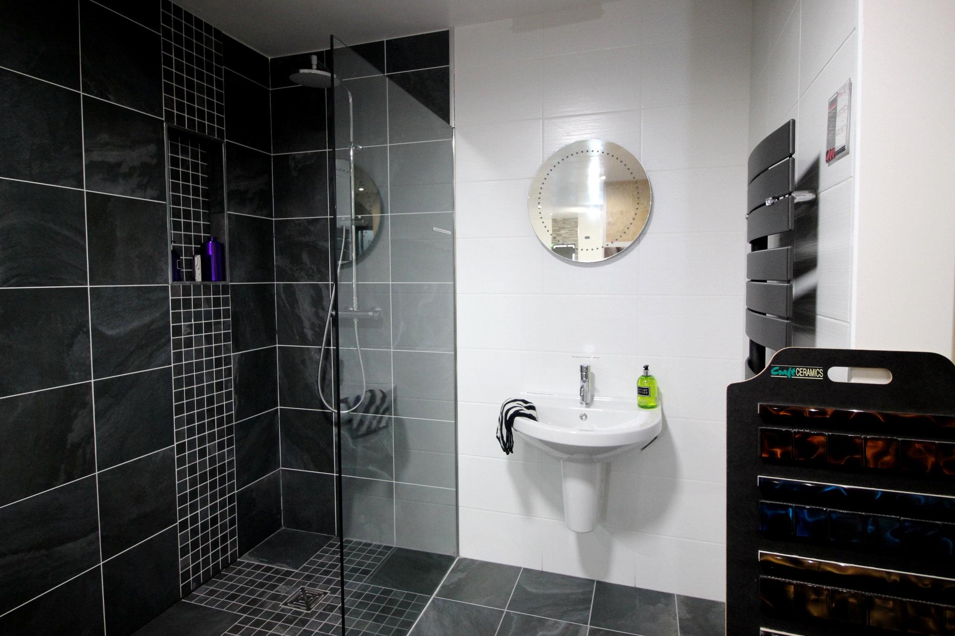 Standing Shower Black Tiles Glass